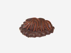 Połączenie kruchego ciasta, dżemu z czarnej porzeczki, kakaowego kremu ze spirytusem. Całość oblana polewą czekoladową.